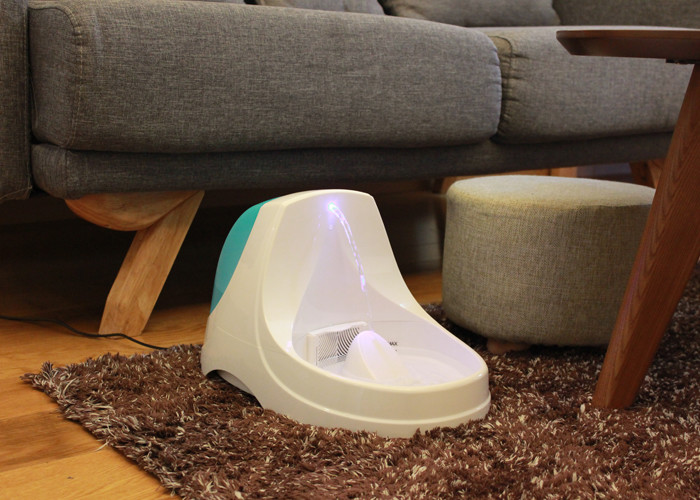 Dog / Cat LED Automatic Pet Water Fountain Parabolic Flow RoHS FCC Approved